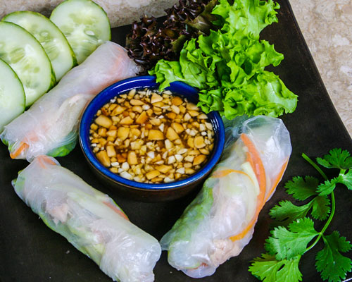 VIETNAMESE SPRING ROLL WITH TUNA