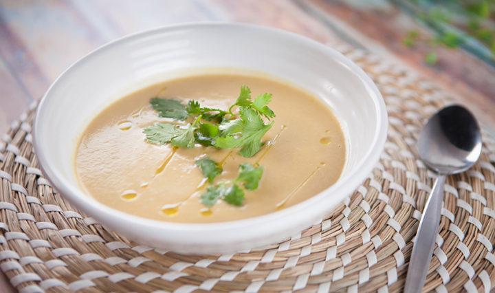 EG7 EP16 Coconut-Curry-Squash-Soup-720x426