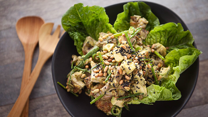 EG6 EP66 Chicken-Seed-and-Corriander-Salad-1-720x405